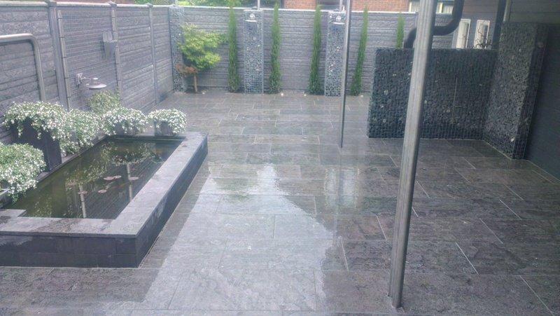 Grijze Tegels Tuin : Moderne strakke tuin den bogert hoveniers