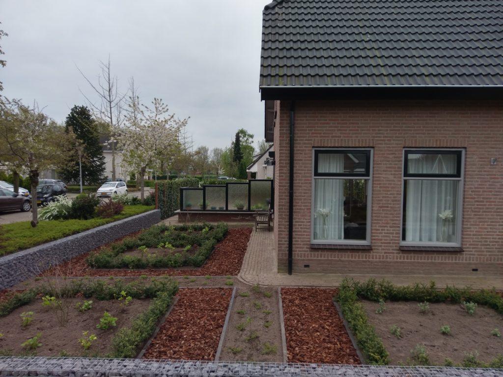Landelijke tuin met een moderne twist den bogert hoveniers for Moderne waterpartijen tuin